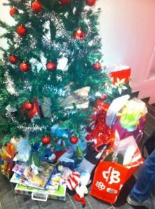 i regali di Yelp per i bambini malati della Clinica De Marchi