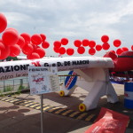 aereo con palloncini